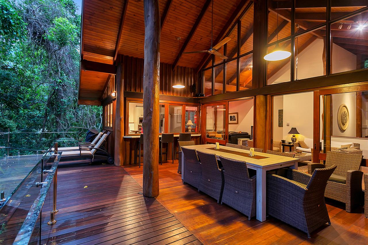 Wanggulay Too Treetops Luxury Cairns City
